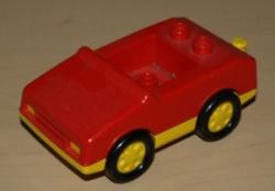 LEGO DUPLO OSOBNÍ AUTO
