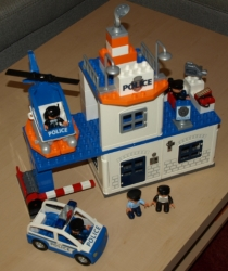 LEGO DUPLO 4965 POLICEJNÍ STANICE POLICIE
