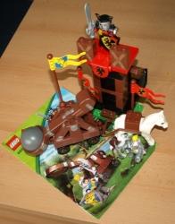 LEGO 4863 DUPLO RYTÍŘI STRÁŽNÍ VĚŽ A KATAPULT
