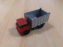 MATCHBOX G.M.C. TIPPER TRUCK No 26 1:87