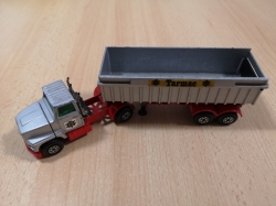 MATCHBOX SUPER KINGS FORD LTS TIPPER TRUCK K-16/18 1973