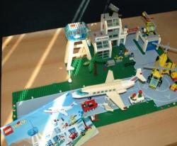 LEGO CITY 6597 - LETIŠTĚ LETADLO HELIKOPTÉRA
