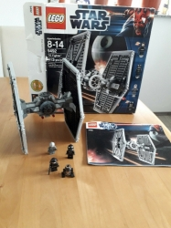 LEGO 9242 STAR WARS TIE FIGHTER