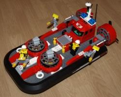LEGO CITY 7944 - HASIČSKÉ VZNÁŠEDLO HASIČI