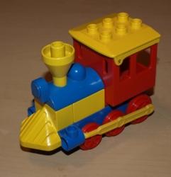LEGO DUPLO MAŠINKA VLÁČEK